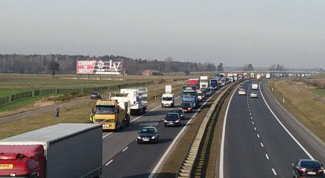 Kolizja ciężarówki na A1. Utrudnienia w ruchu