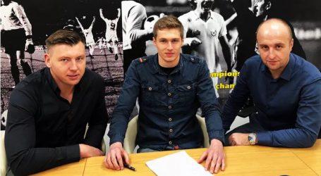 Piłkarz z Moszczenicy robi karierę w UK