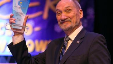 Photo of TVN pozywa posła Macierewicza