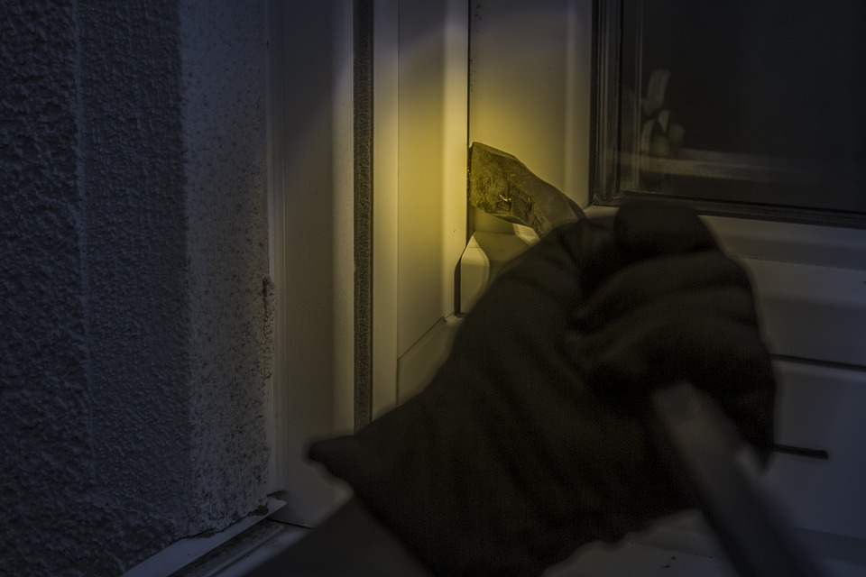 Photo of Próby włamań nie tylko do domów. Na oku złodziei także mieszkania!