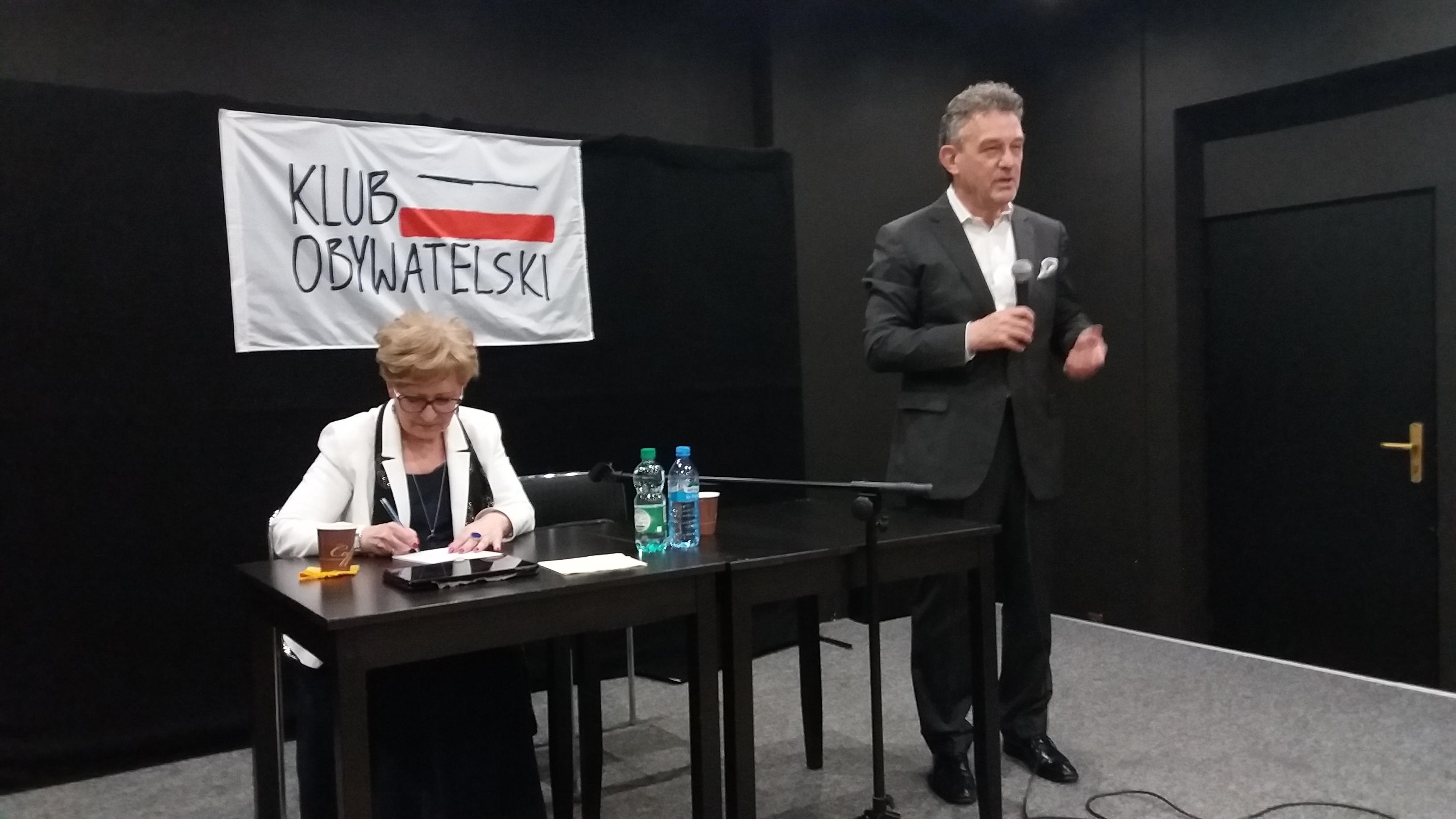 Photo of Były ambasador Polski w USA z wykładem w Piotrkowie – POSŁUCHAJ