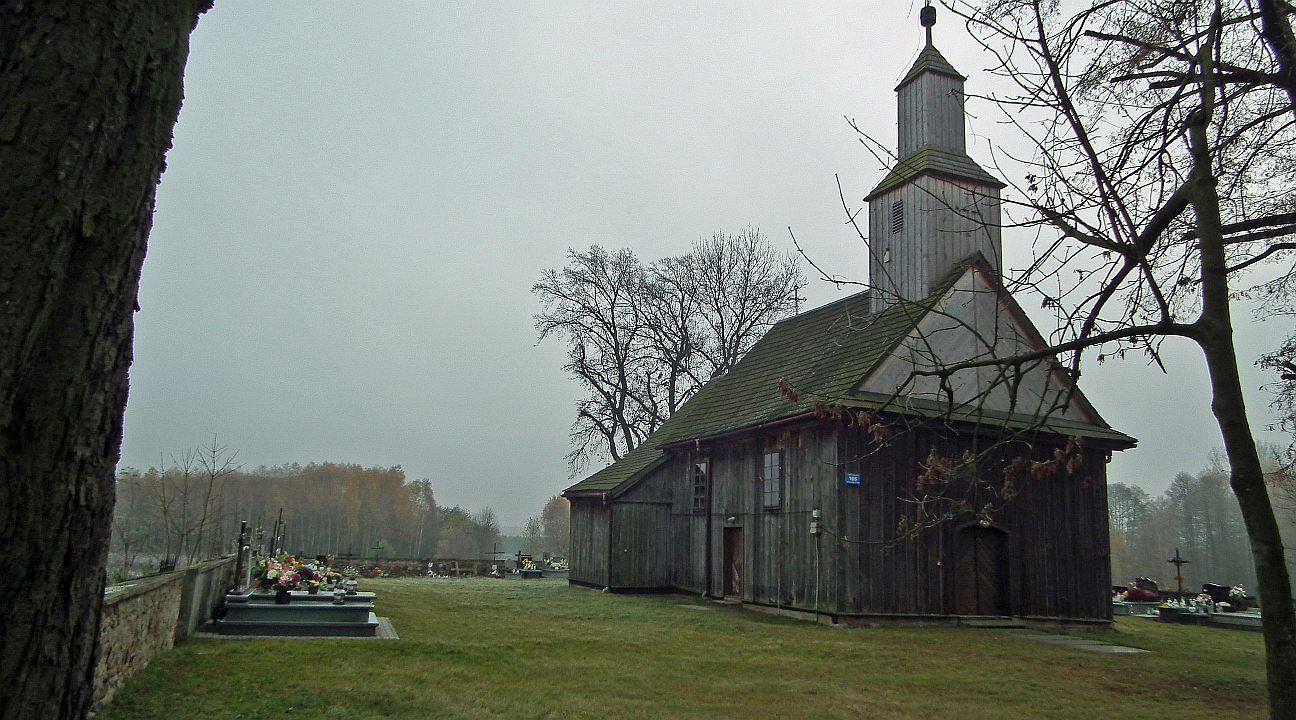 Photo of Gmina pomoże odnowić zabytkowy kościół w Postękalicach