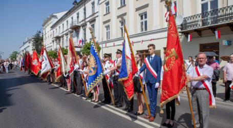 Obchody 3 Maja w Piotrkowie – FOTOGALERIA