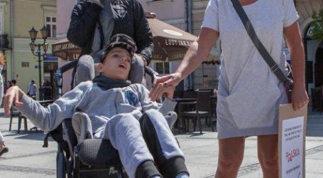 Protest niepełnosprawnych w Piotrkowie
