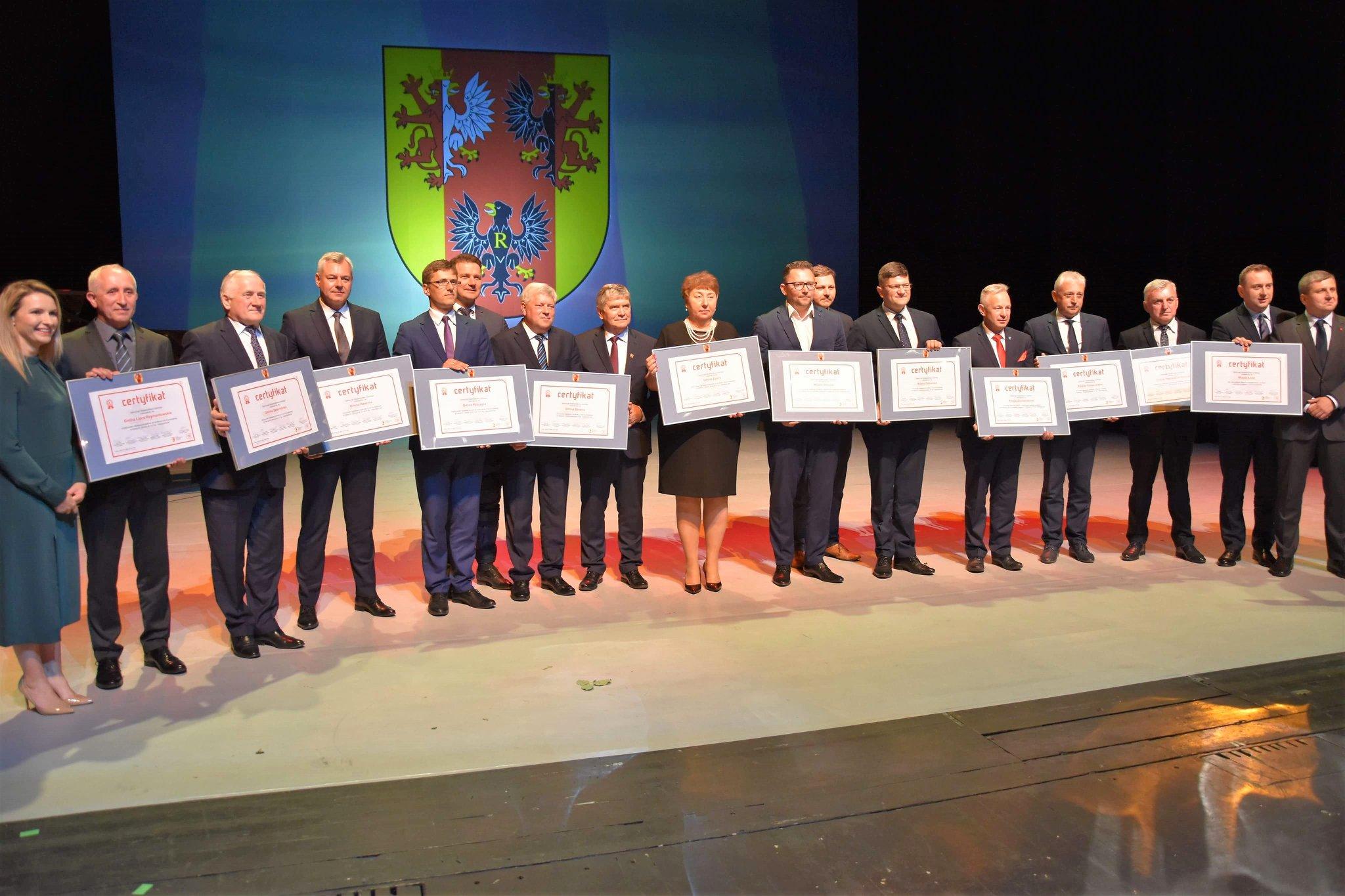 Photo of Nagroda dla powiatu piotrkowskiego