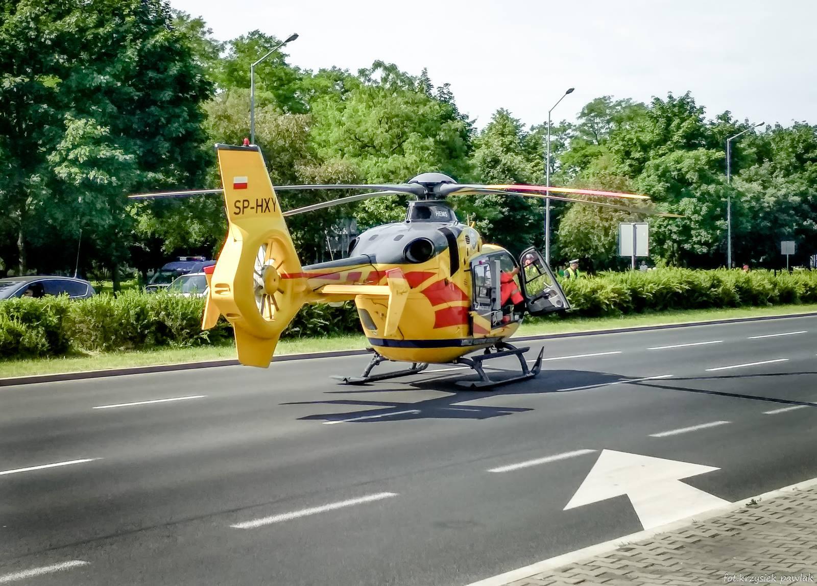 Photo of Karetka LPR lądowała w al. Sikorskiego w Piotrkowie