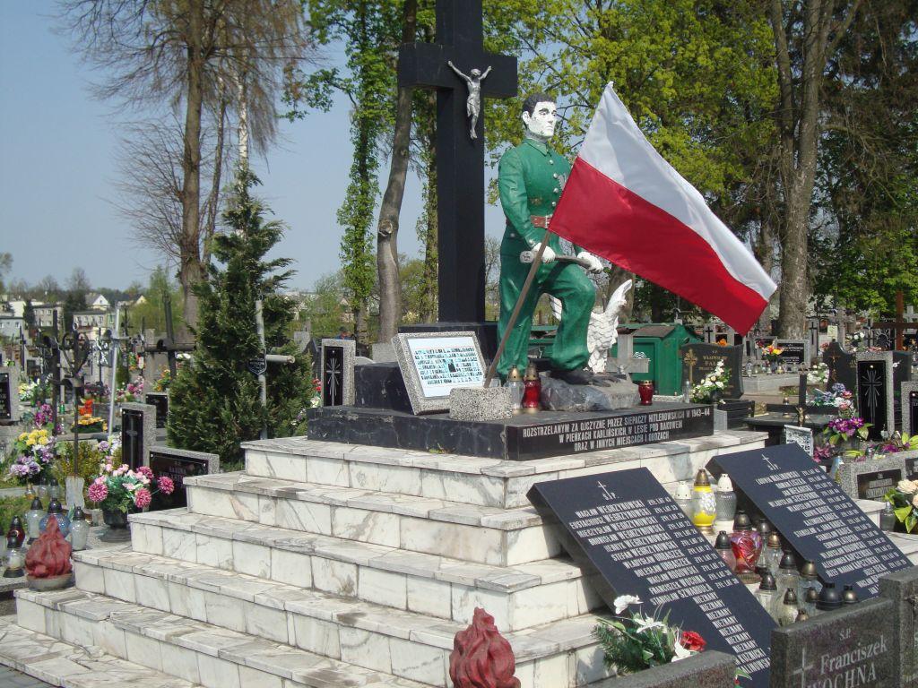 """Photo of Tablica """"smoleńska"""" zostanie usunięta"""