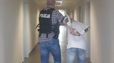 Złodziejski duet okradł mieszkanie. Młodszy złodziej ma zaledwie 14 lat