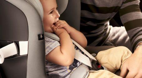 Zadbaj o bezpieczeństwo swojego dziecka podczas wakacyjnej podróży