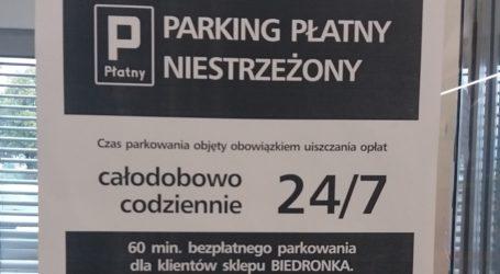 """""""Biedronka"""" wprowadziła w Piotrkowie płatny parking"""
