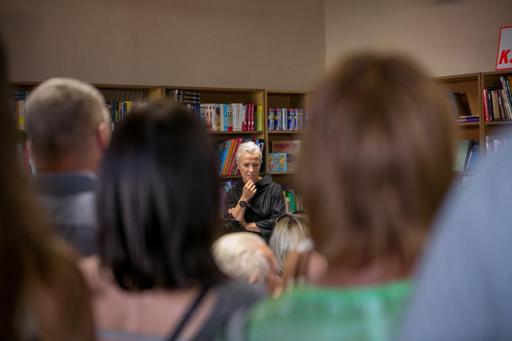 Photo of Premiera książki Ewy Żarskiej