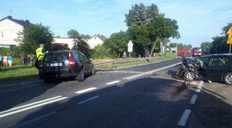 DK12: 2 wypadki, 9 osób rannych, 4 rozbite samochody, kilometry korków
