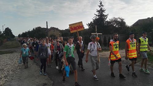 Photo of Pielgrzymi z powiatu w drodze do Częstochowy