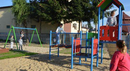 Nowy plac zabaw w Woli Kamockiej