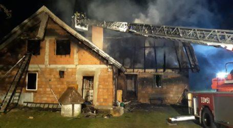 Pożar w Dąbrówce. 12-latek ratuje z płomieni siostrę – AKTUALIZACJA