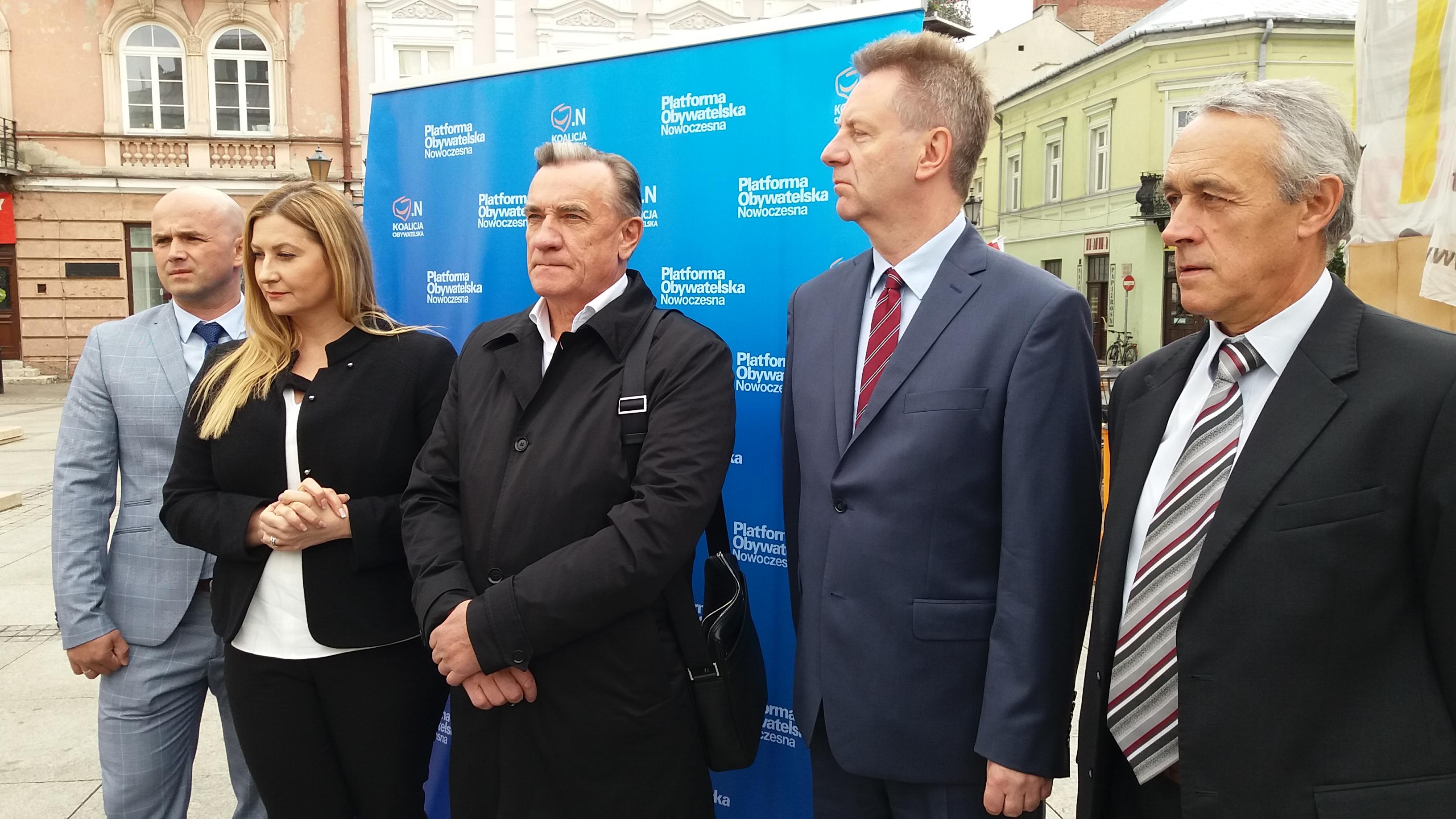 Photo of PO i Nowoczesna przedstawiły kandydatów do Sejmiku WŁ
