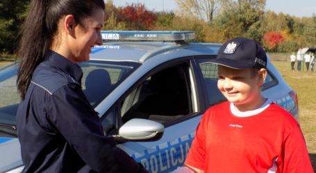 Policjanci pogratulowali bohaterskiemu 12-latkowi