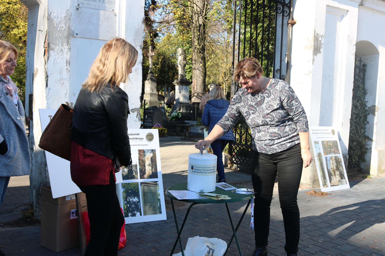 Photo of Ruszyła XXXI kwesta na ratowania Starego Cmentarza