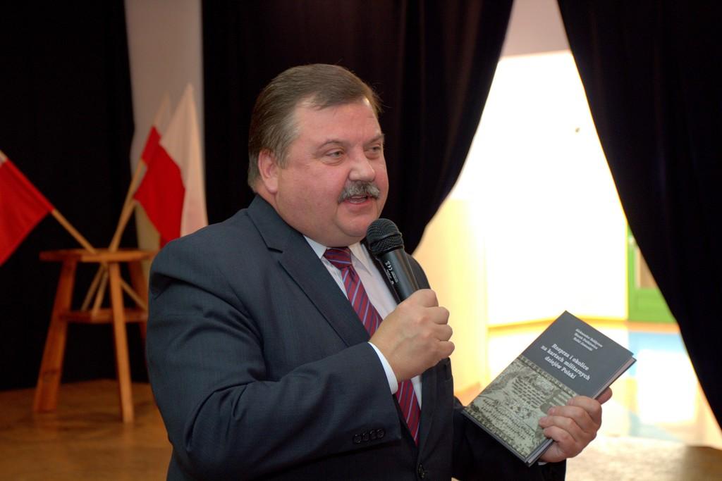 Photo of Prawie 3 miliony złotych dla Gminy Rozprza