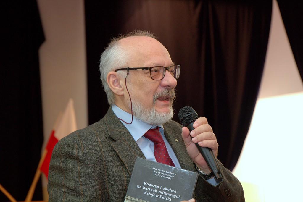 Photo of Publikacja dotycząca historii Rozprzy już dostępna
