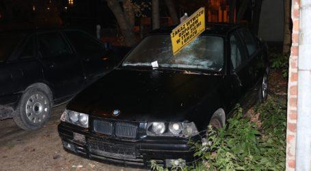 Zdewastowane BMW
