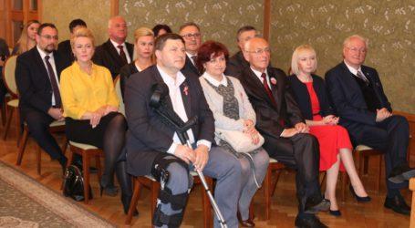 Radni i prezydent odebrali zaświadczenia o wyborze