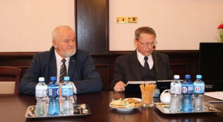 Trwa I sesja Rady Powiatu Piotrkowskiego – TRANSMISJA