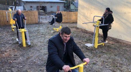 Plenerowa siłownia w gminie Wolbórz