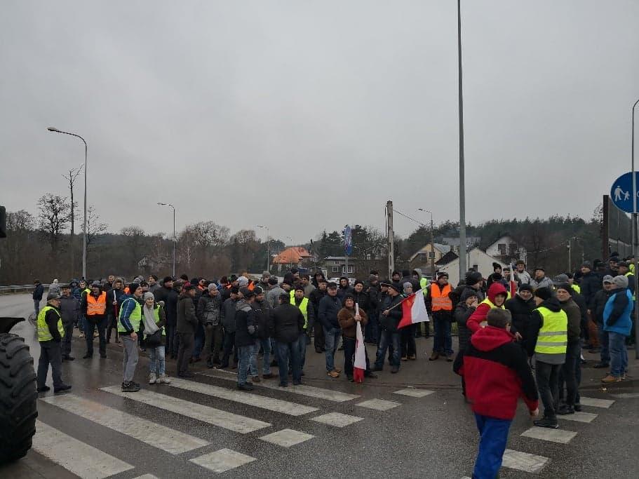 Photo of Protest rolników: korek ma już ponad 12 kilometrów