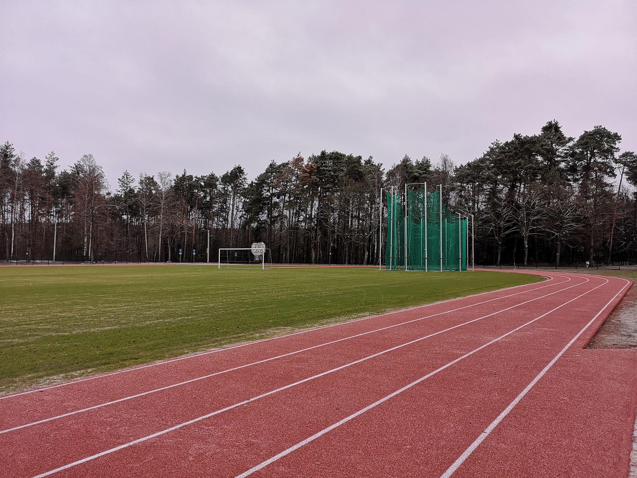 Photo of Koniec budowy stadionu lekkoatletycznego w Ręcznie – posłuchaj relacji
