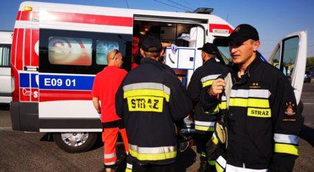 Po wybuchu pieca, mężczyzna z poparzoną twarzą trafił do szpitala