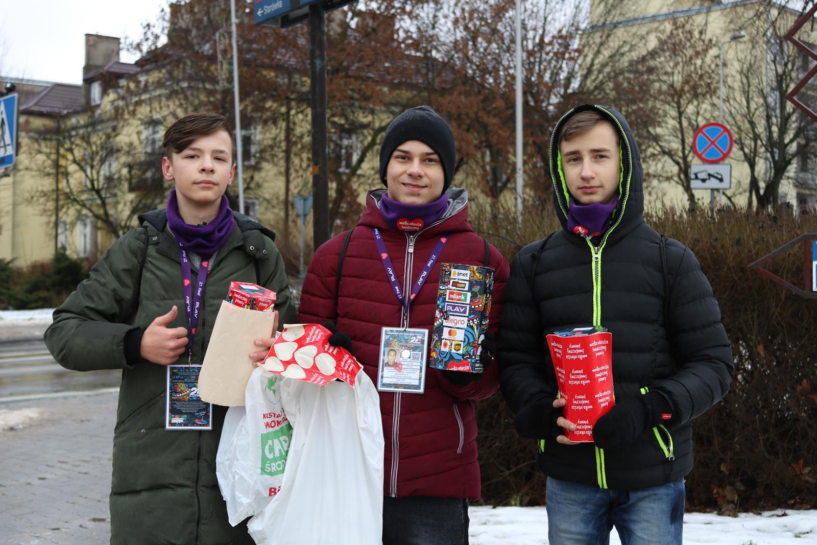 Photo of WOŚP gra w Piotrkowie – zobacz zdjęcia i film, posłuchaj relacji