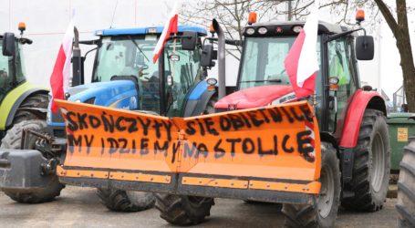 Protest rolników wyruszył ze Srocka w stronę Piotrkowa – AKTUALIZACJA