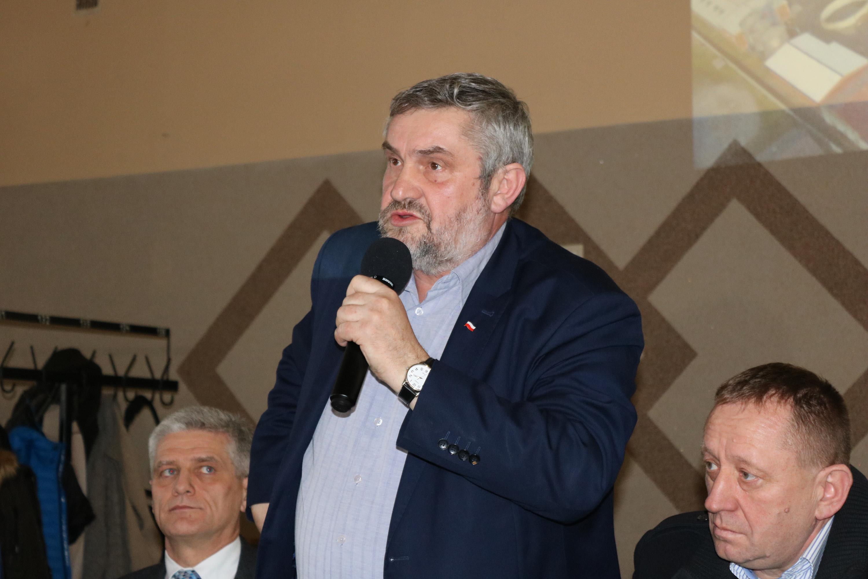 Photo of Minister Ardanowski spotkał się z rolnikami z regionu piotrkowskiego