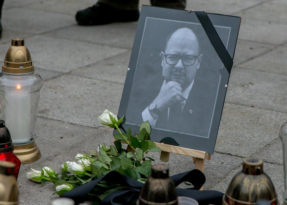 Photo of Piotrkowscy samorządowcy wspominają Pawła Adamowicza