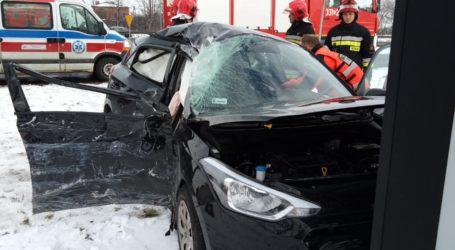 Wypadek i dwie kolizje pomiędzy Piotrkowem a Bełchatowem – zdjęcia