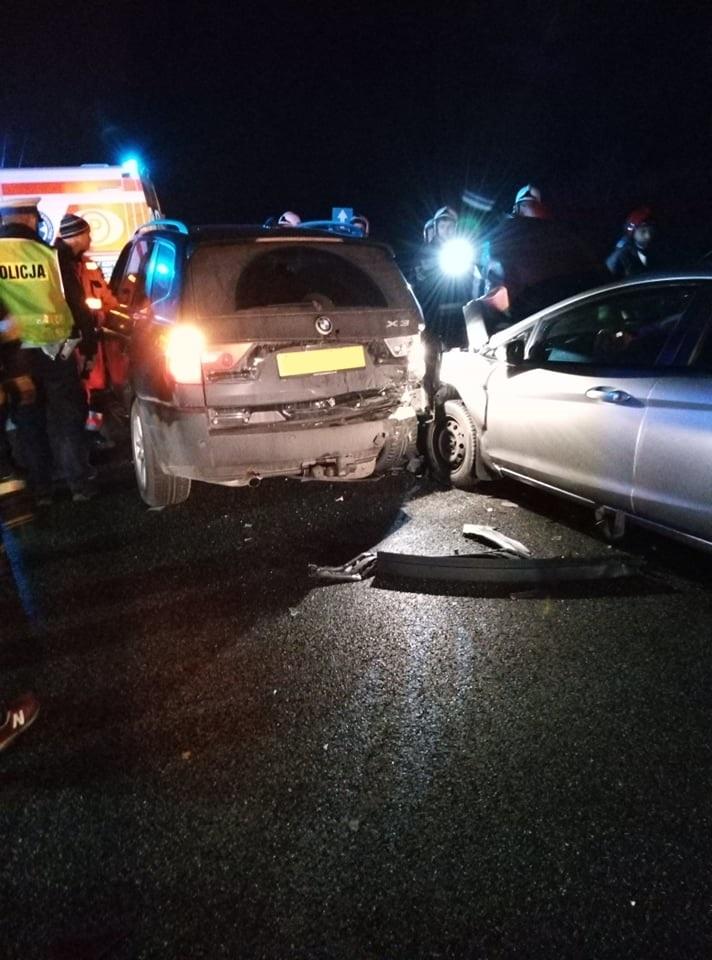 Photo of Wypadek na DK1. W pojazdach były dzieci i kobieta w ciąży. Sprawcą pijany kierowca