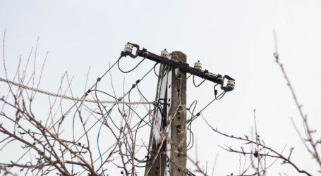 Śnieg zrywał linie energetyczne w gminie Sulejów