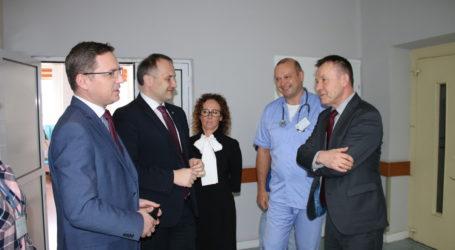 Co dalej ze szpitalami w Piotrkowie? Spotkanie wojewody ze starostą i marszałkiem