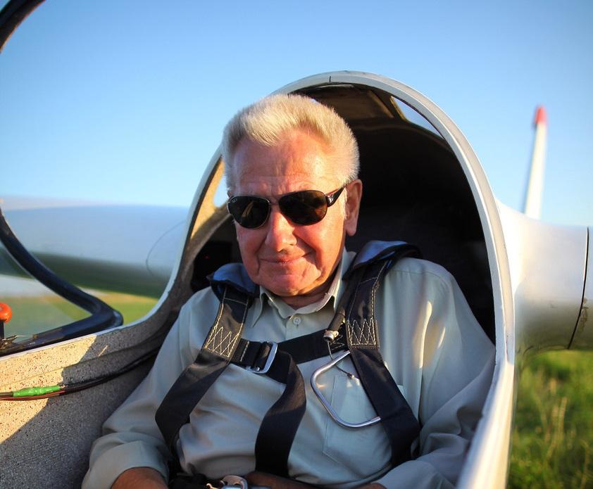 Photo of Pilot z Piotrkowa nagrodzony złotym medalem