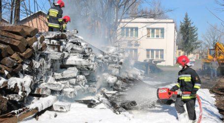 Pożar podkładów kolejowych – FILM, ZDJĘCIA