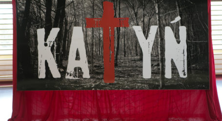 Rocznica zbrodni katyńskiej – uroczystości w Moszczenicy – FOTORELACJA