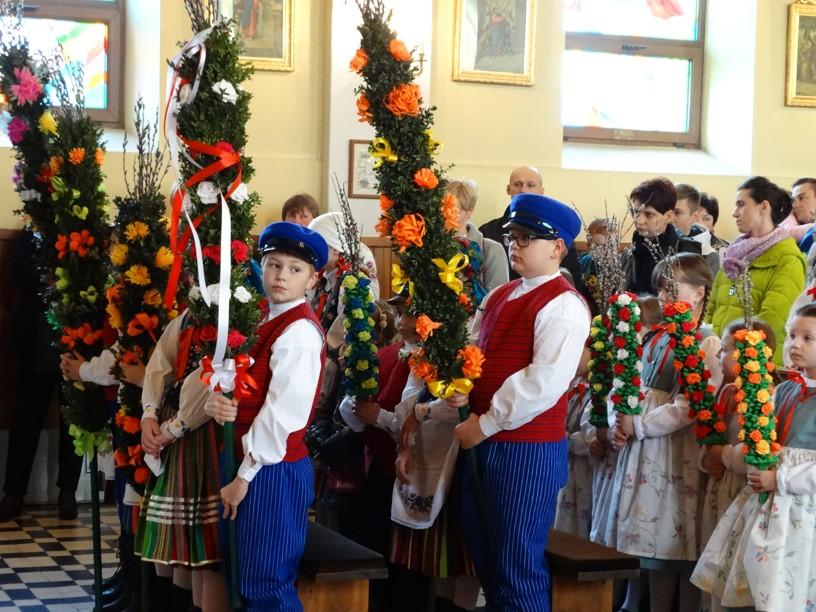 """Photo of Zespół """"Choberki"""" brał udział w uroczystych obchodach Niedzieli Palmowej"""