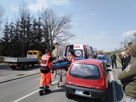 Photo of Potrącony rowerzysta w Dąbrówce, kolizja na Piłsudskiego w Piotrkowie i na A1. Policjanci mają pełne ręce roboty