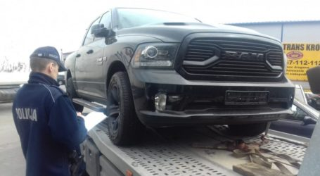 Skradziony pick-up wart ćwierć miliona złotych, wróci do właściciela