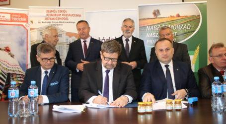 Umowa na utworzenie inkubatora pszczelarskiego podpisana