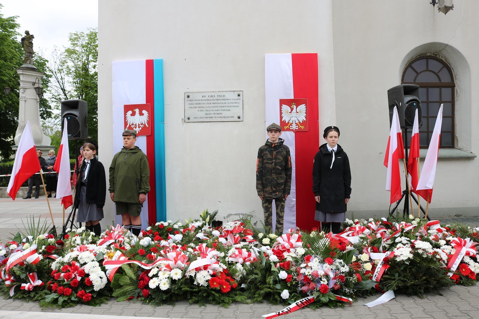 Photo of Obchody 3 Maja w Piotrkowie – zobacz film i galerię zdjęć