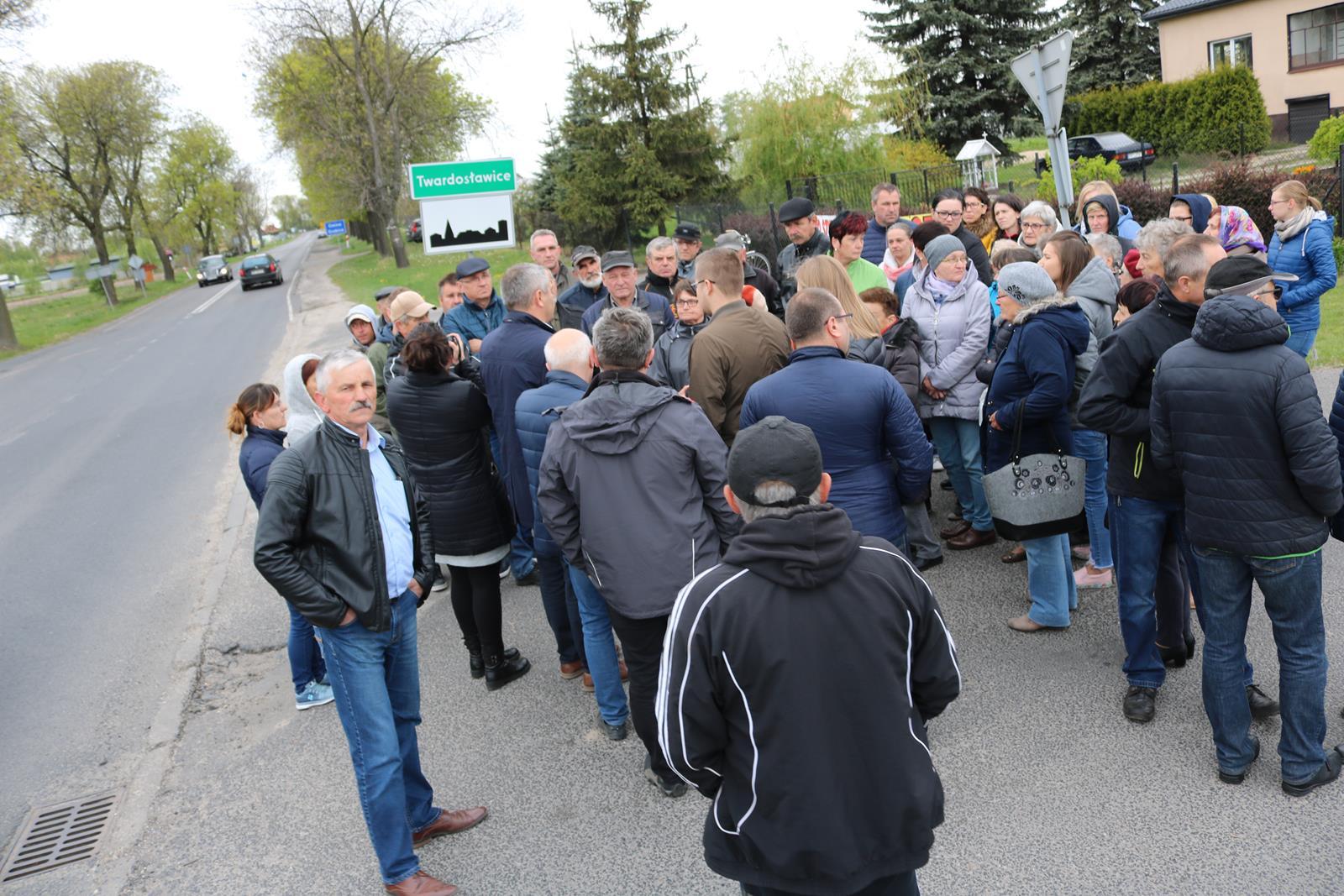 Photo of Protest mieszkańców gm. Grabica – jest odpowiedź GDDKiA