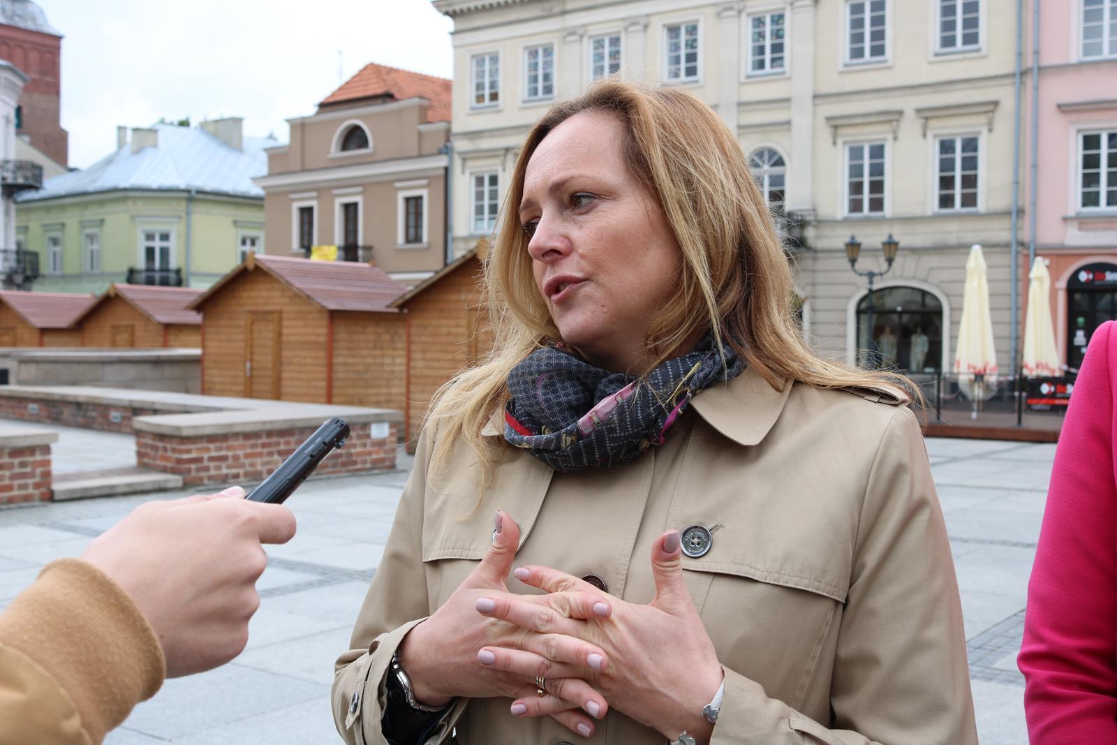 Photo of Joanna Skrzydlewska – kandydatka do PE odwiedziła Piotrków