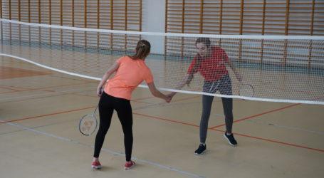 Lubiaszów wygrał w badmintona